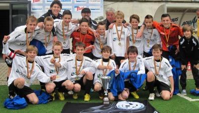 U13B met Cup Het Nieuwsblad